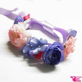 Collare in raso lilla con fiori rosa e viola